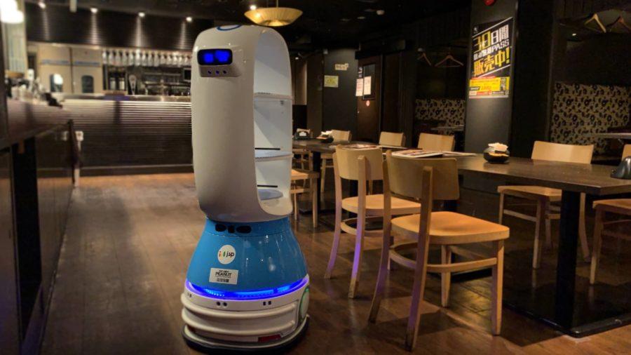 飲食店の配膳ロボット